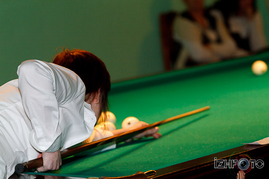 billiard_woman-56