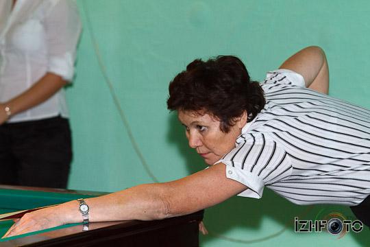 billiard_woman-75