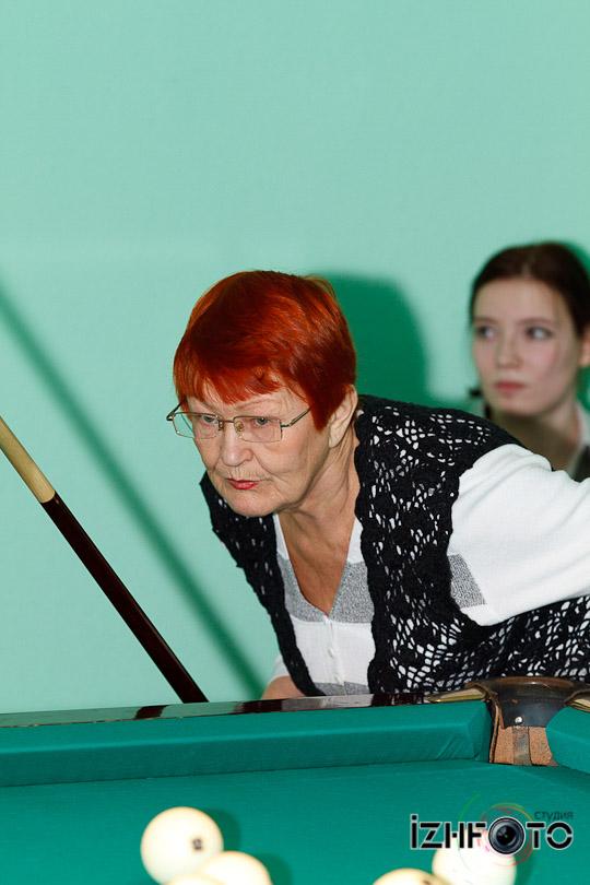 billiard_woman-77