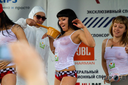 Autodrive-2011-Izhevsk-mokrie-mayki_007
