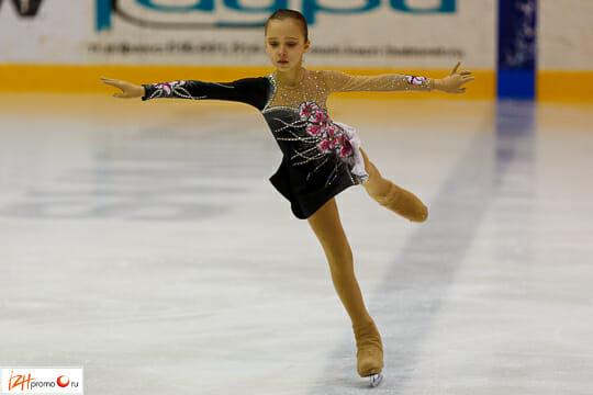 Соревнования по детскому фигурному катанию
