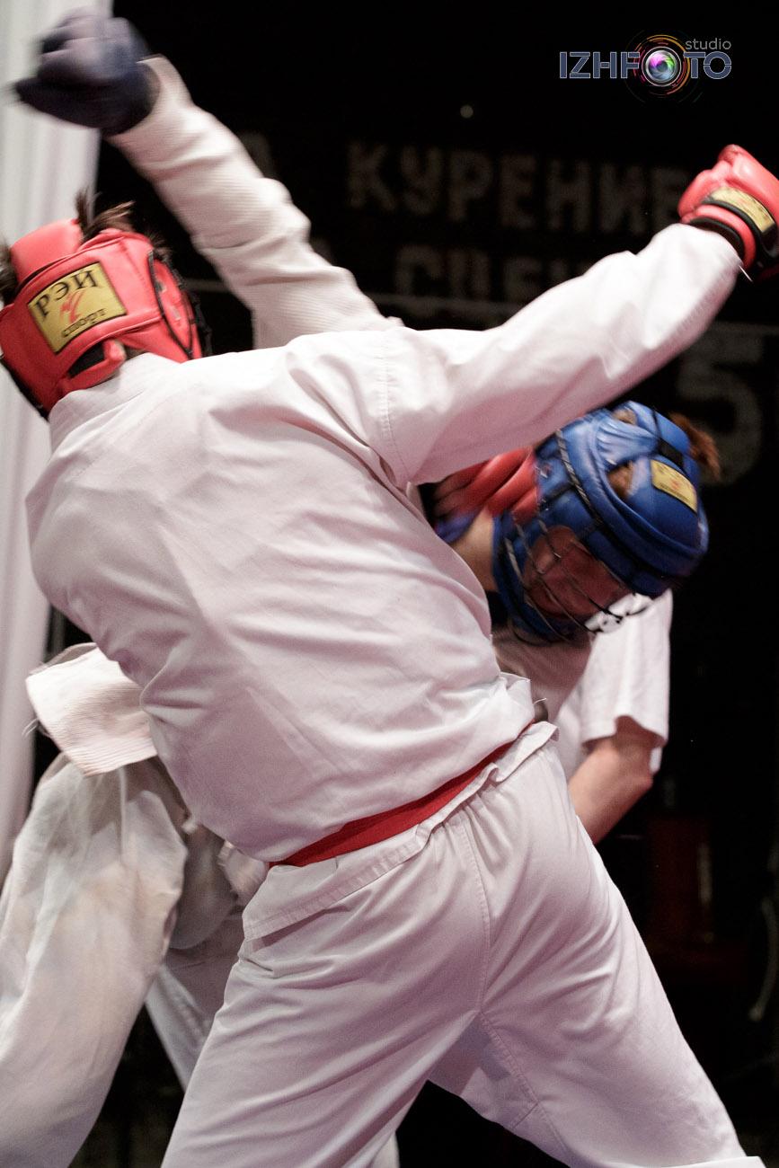 Соревнования по рукопашному бою Фото