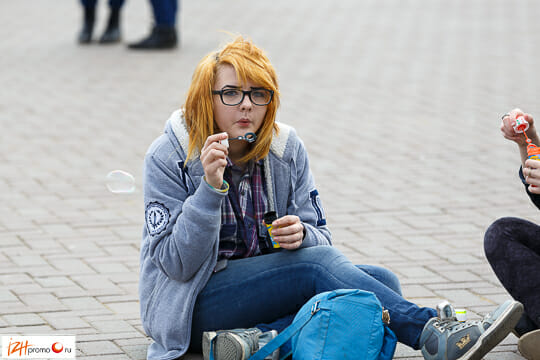 Мыльные пузыри на улице