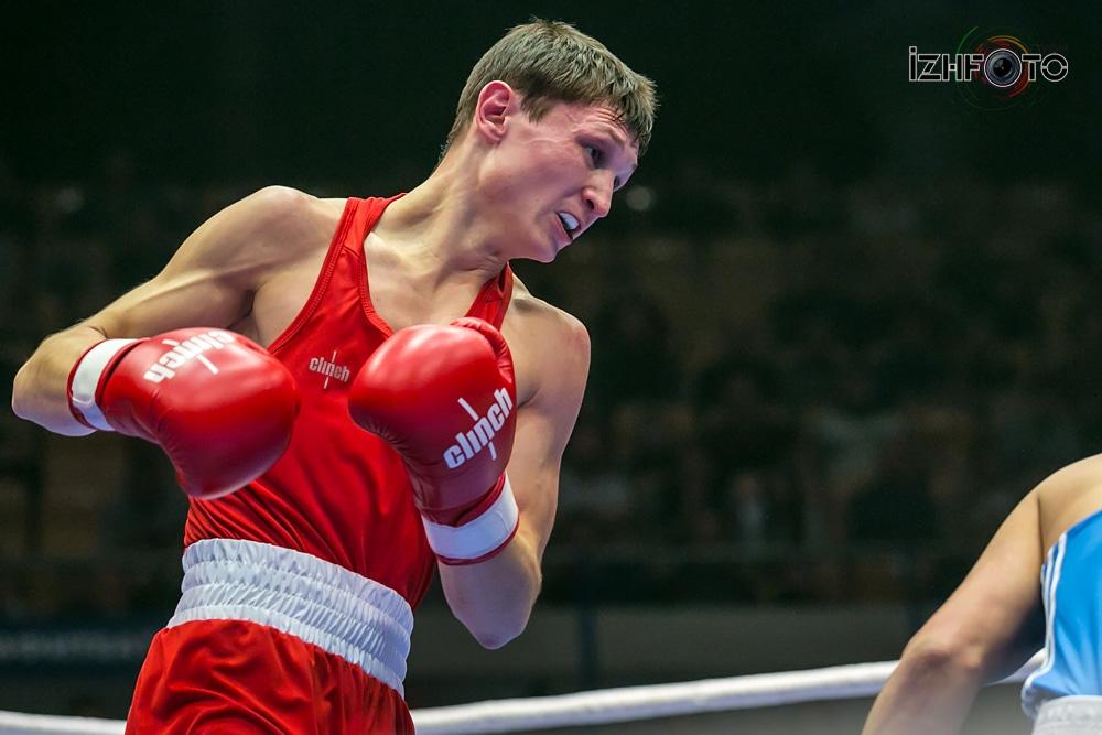 Фото участников соревнований по боксу