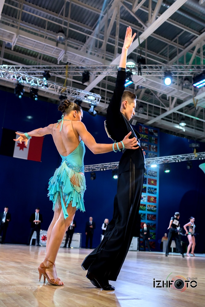 Платья для танцев латина Фото