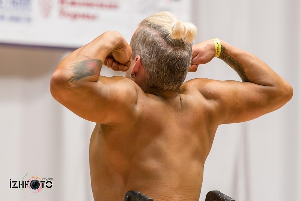 Соревнования по бодибилдингу Фото