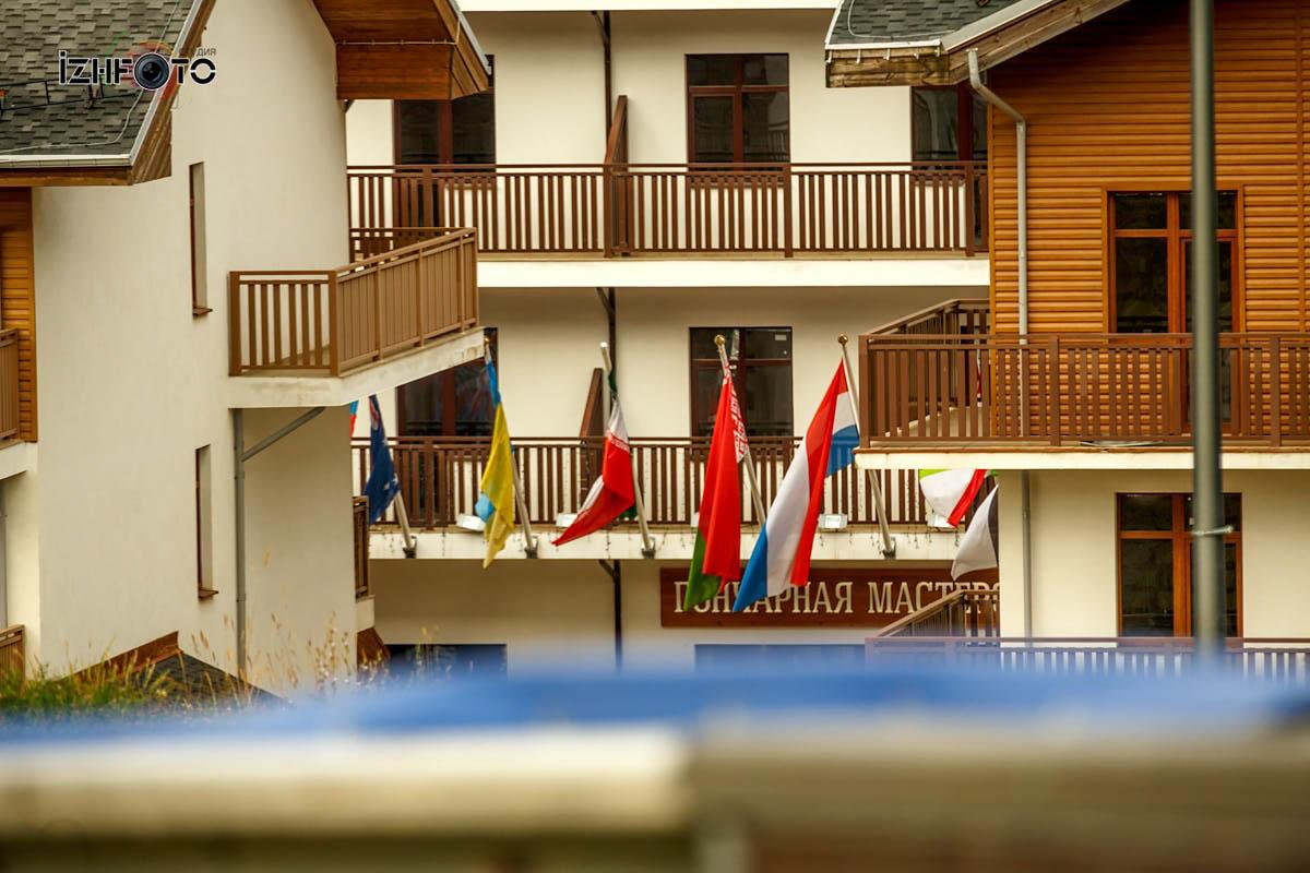 Горная олимпийская деревня Сочи