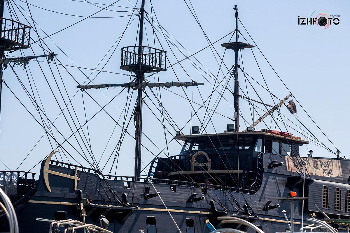 Пиратский корабль Черная Жемчужина / The Black Pearl