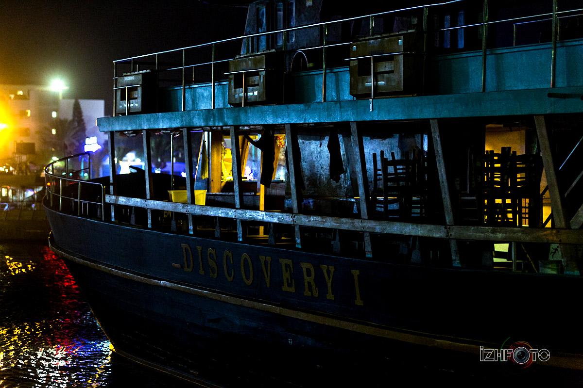 Фоторграфия Айя напа ночью