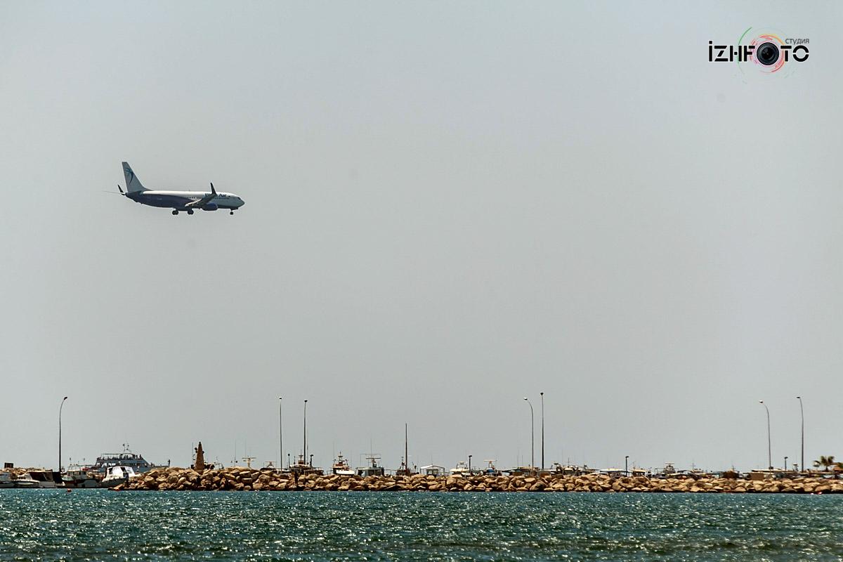 Аэропорт Ларнака Фото Посадка самолета