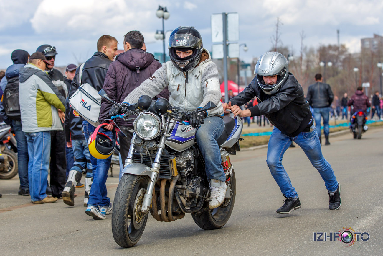 Открытие мотосезона на набережной Ижевского пруда