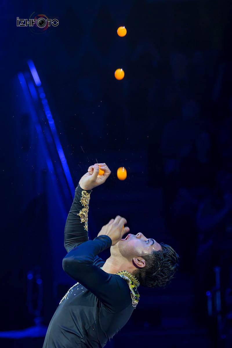 Amauri Da Silva, juggler, Mexico