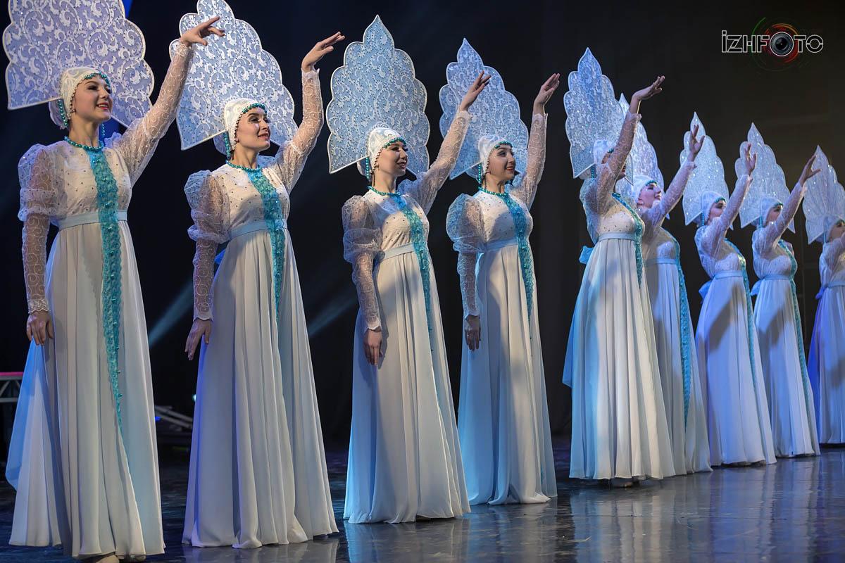 Танцевальный номер Россия