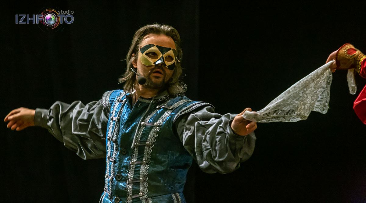 Театральная постановка Ромео и Джульетта Фото