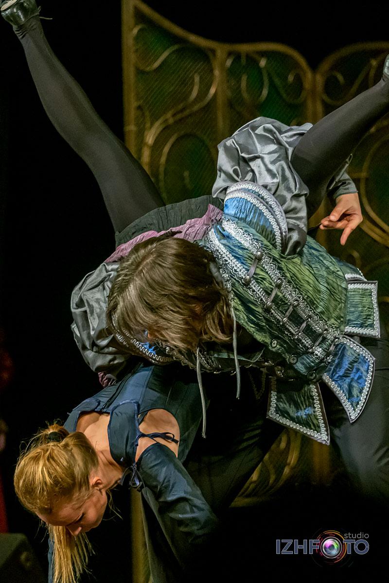 Костюмы представления Ромео и Джульетта Фотографии