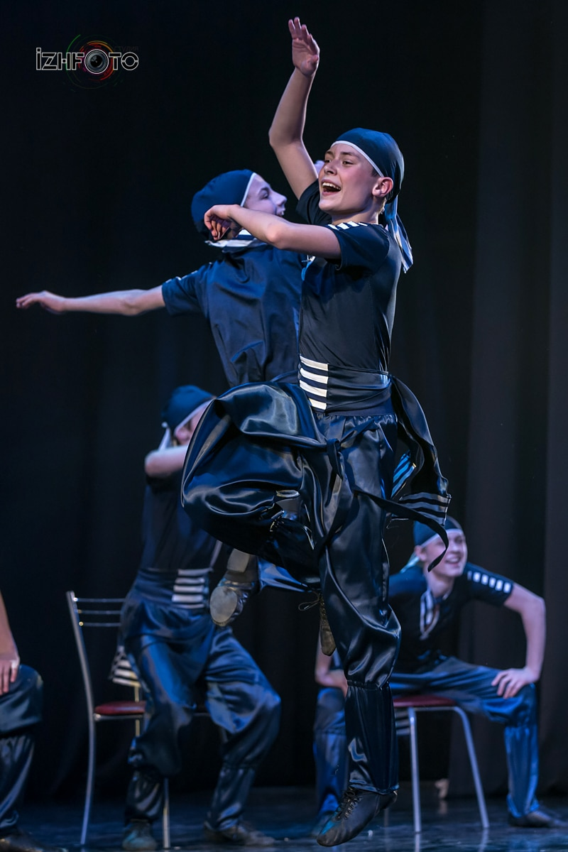 Фото танцев Розовый слон