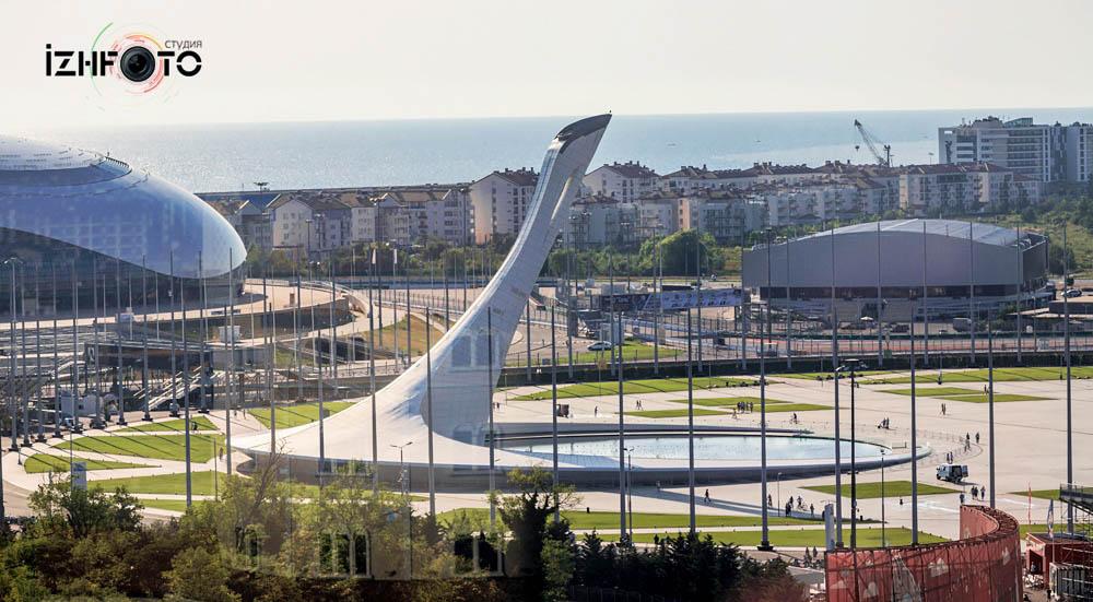 Чаша олимпийского огня Сочи Фото
