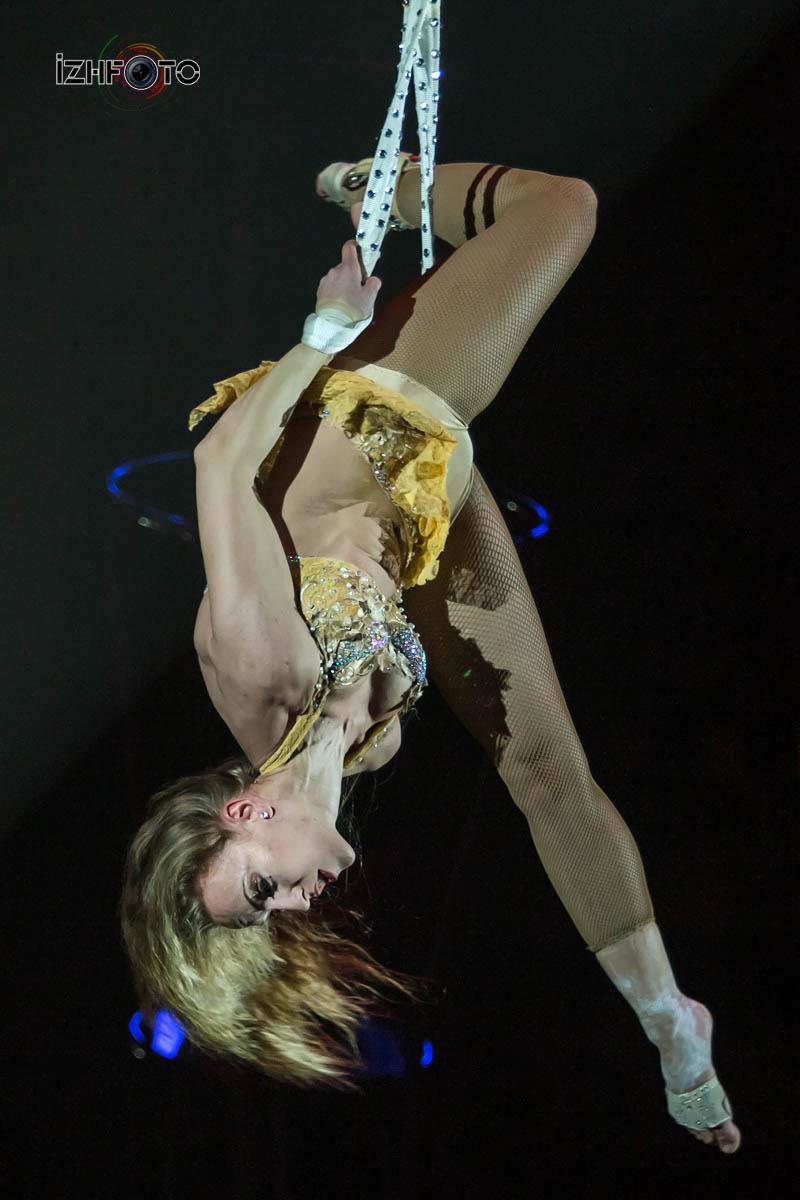 Воздушные ремни в цирке