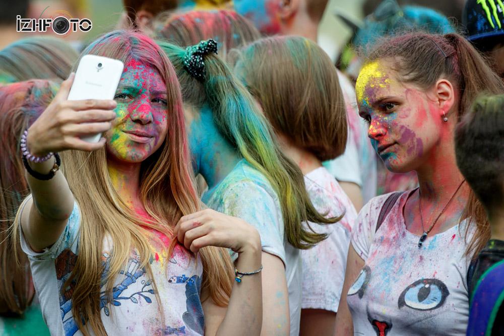 Фестиваль красок в Ижевске