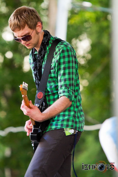 Иван - гитарист группы Sergio Manifesto Band, Ижевск