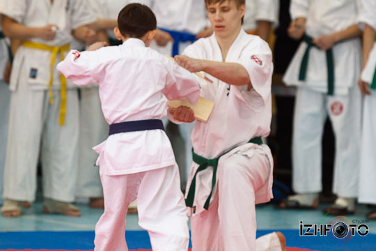 Karate-26