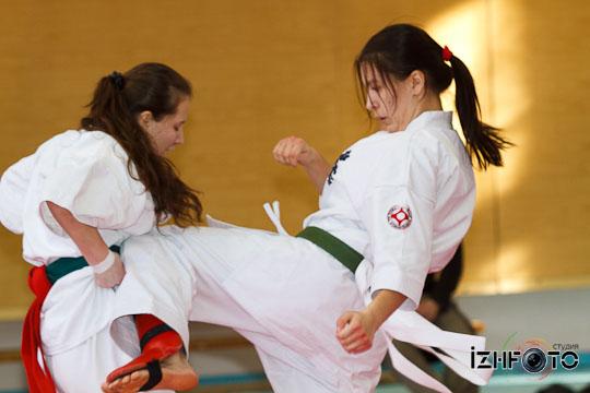 Karate8-18