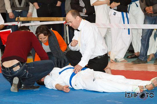 Karate8-50