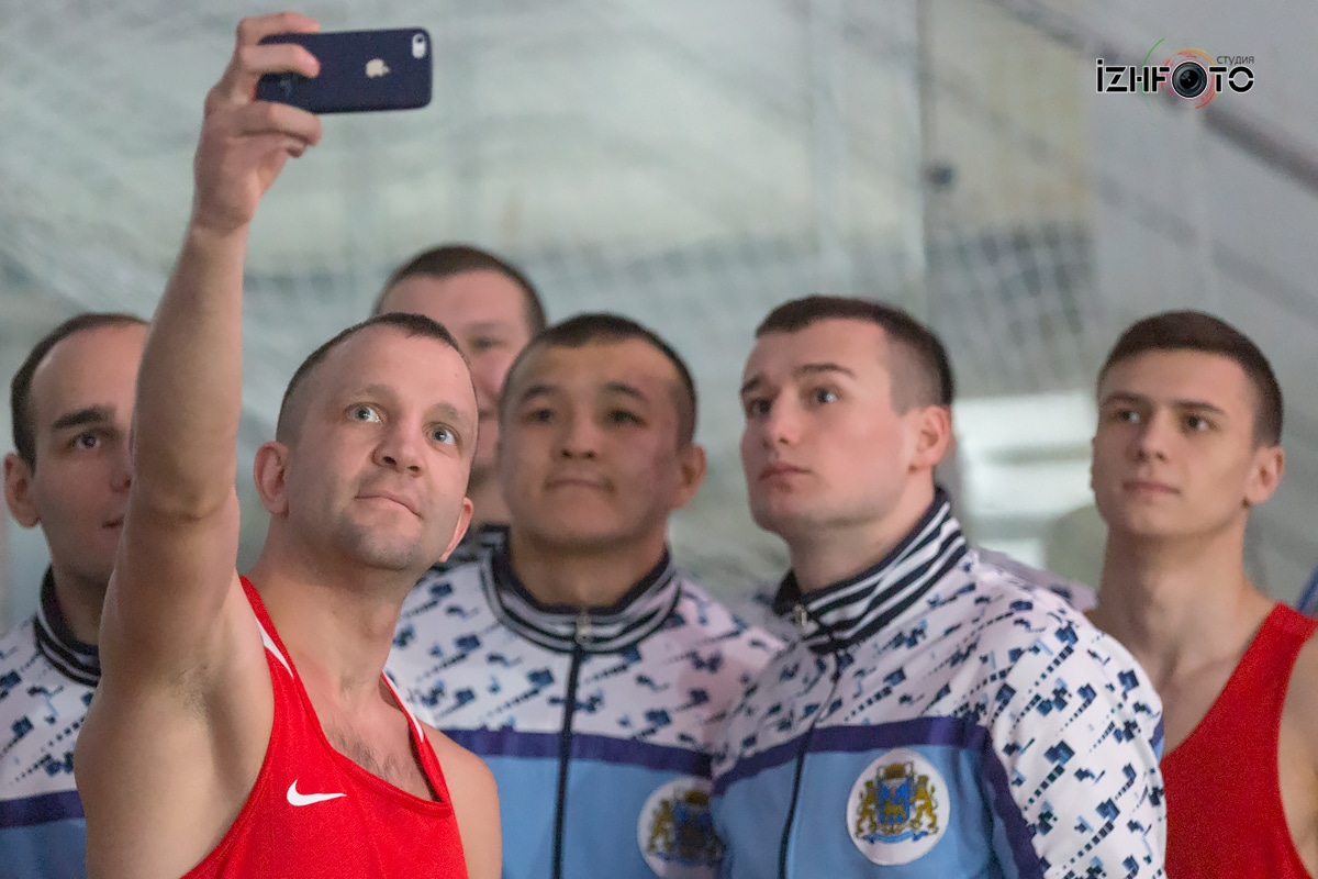 Соревнования по боксу Фото