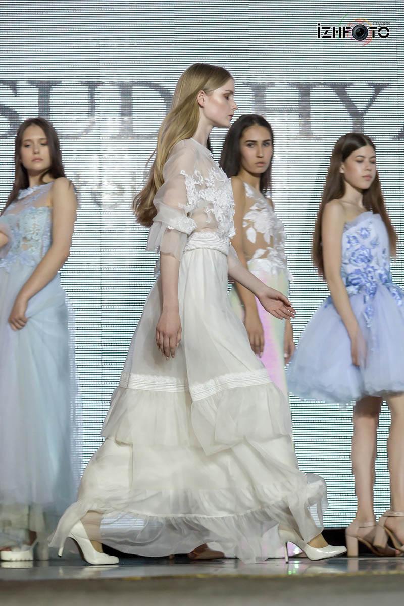 Платья от Веры Суджян