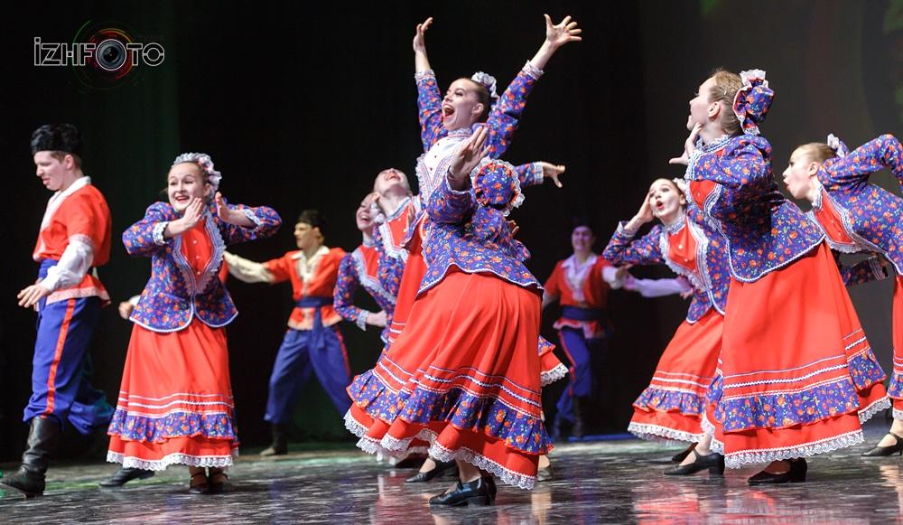 Театр танца «Веснушки» - «Казацкий танец»