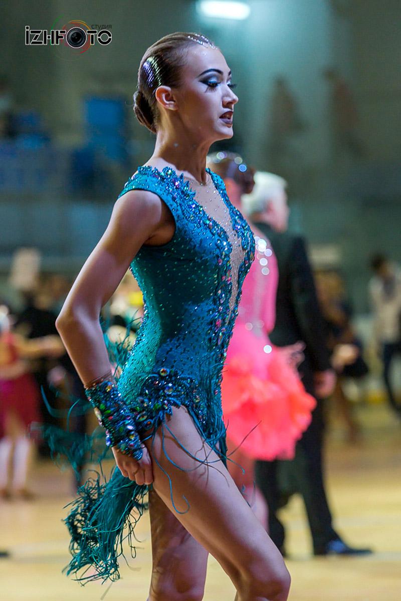 Соревнования по спортивным танцам