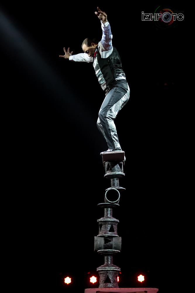 Выступление Лес Сандрос эквилибр на катушках Португалия