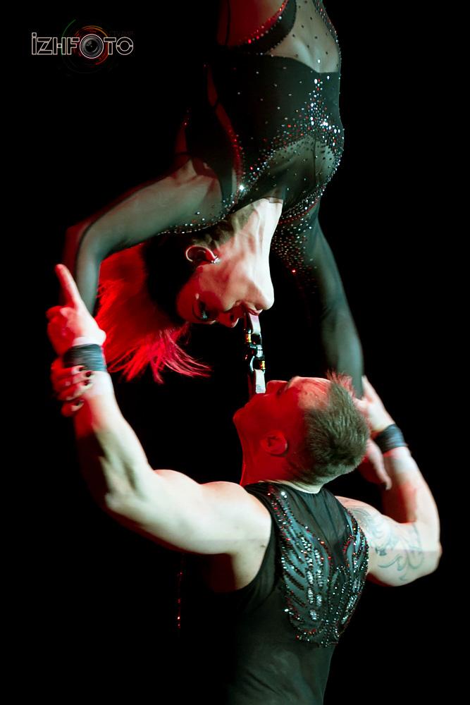 Фото цирковых акробатов