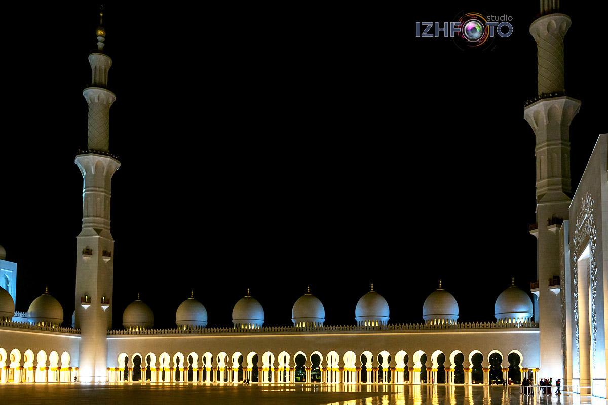 Архитектура современного Абу-Даби ОАЭ Фото