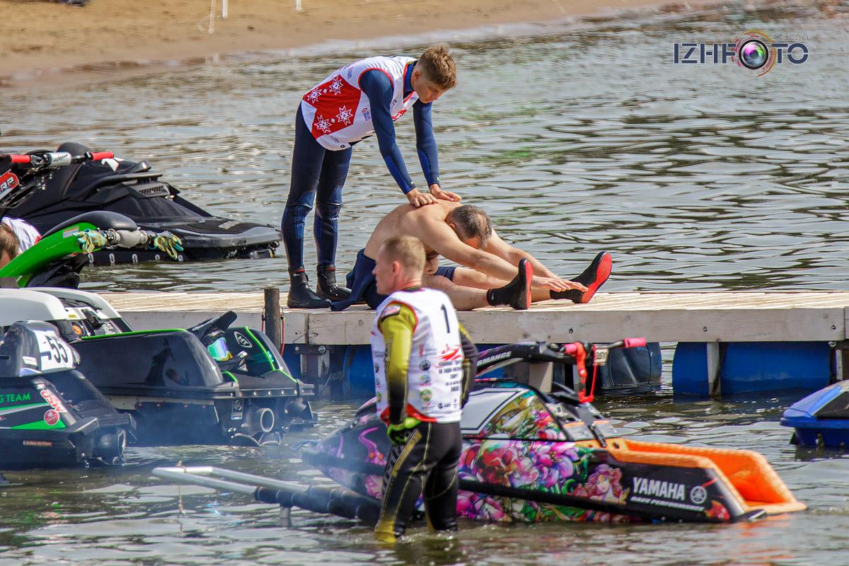 Водные виды спорта Фото