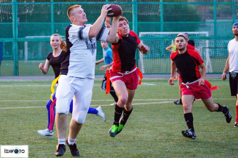 Тренировки по Американскому футболу, Ижевск