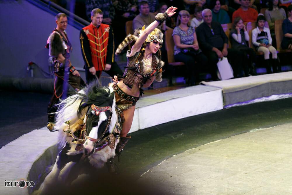 Фото с фестиваля циркового искусства