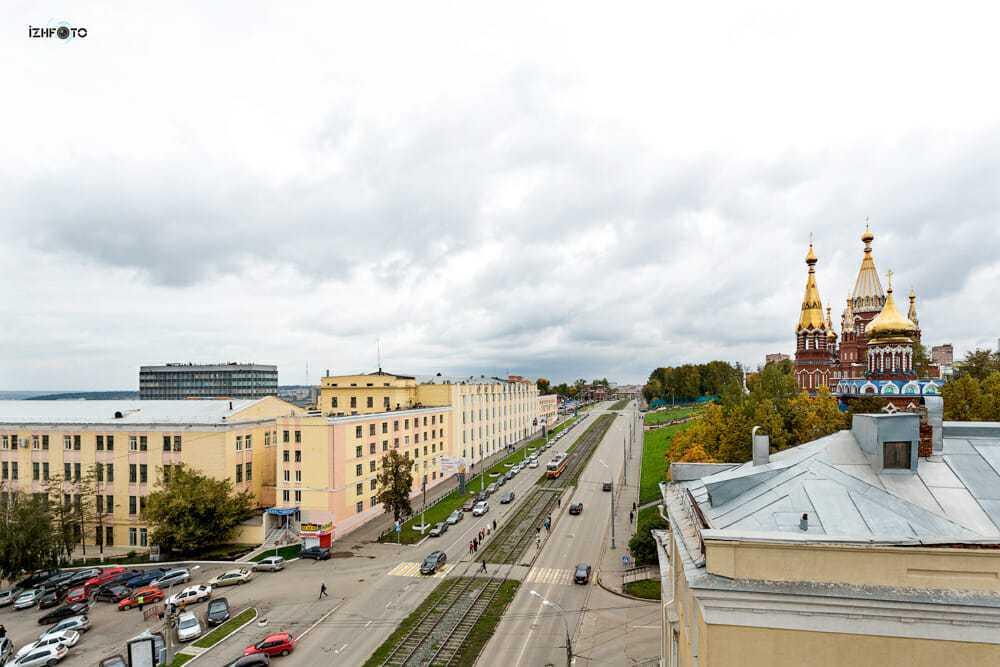 Новый современный бизнес-центр НАЙДИ, город Ижевск