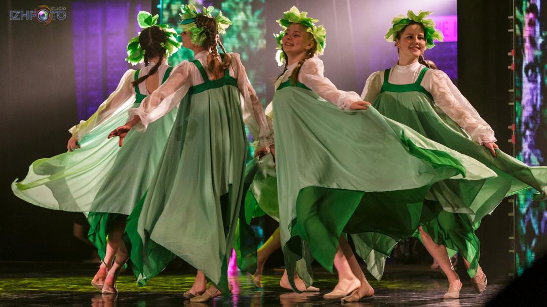 Фото выступлений танцевальных коллективов Ижевска