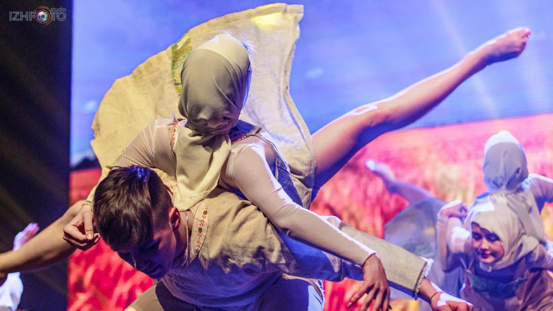 Детские танцевальные коллективы Фото