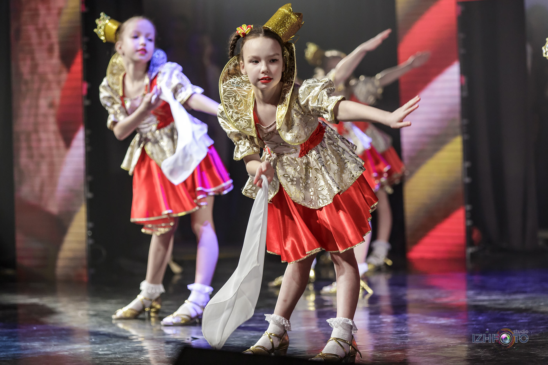 Где заняться танцами в Ижевске