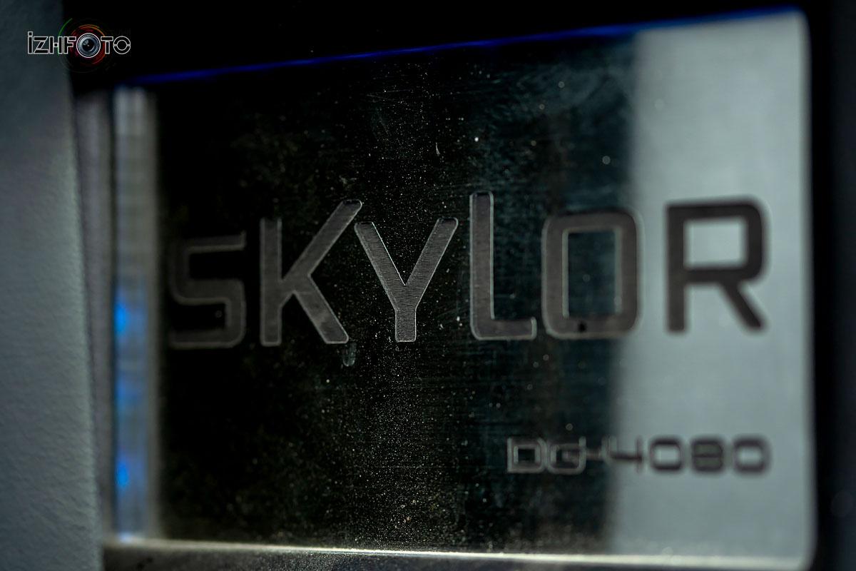 Установка автозвука Skylor Фото