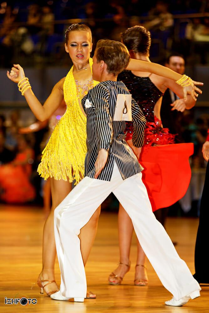 Платья для бальных танцев Фото
