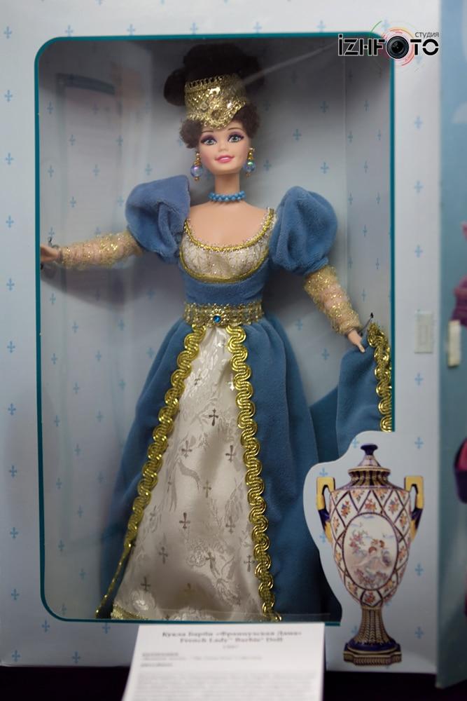 Музей кукол Barbie Фото
