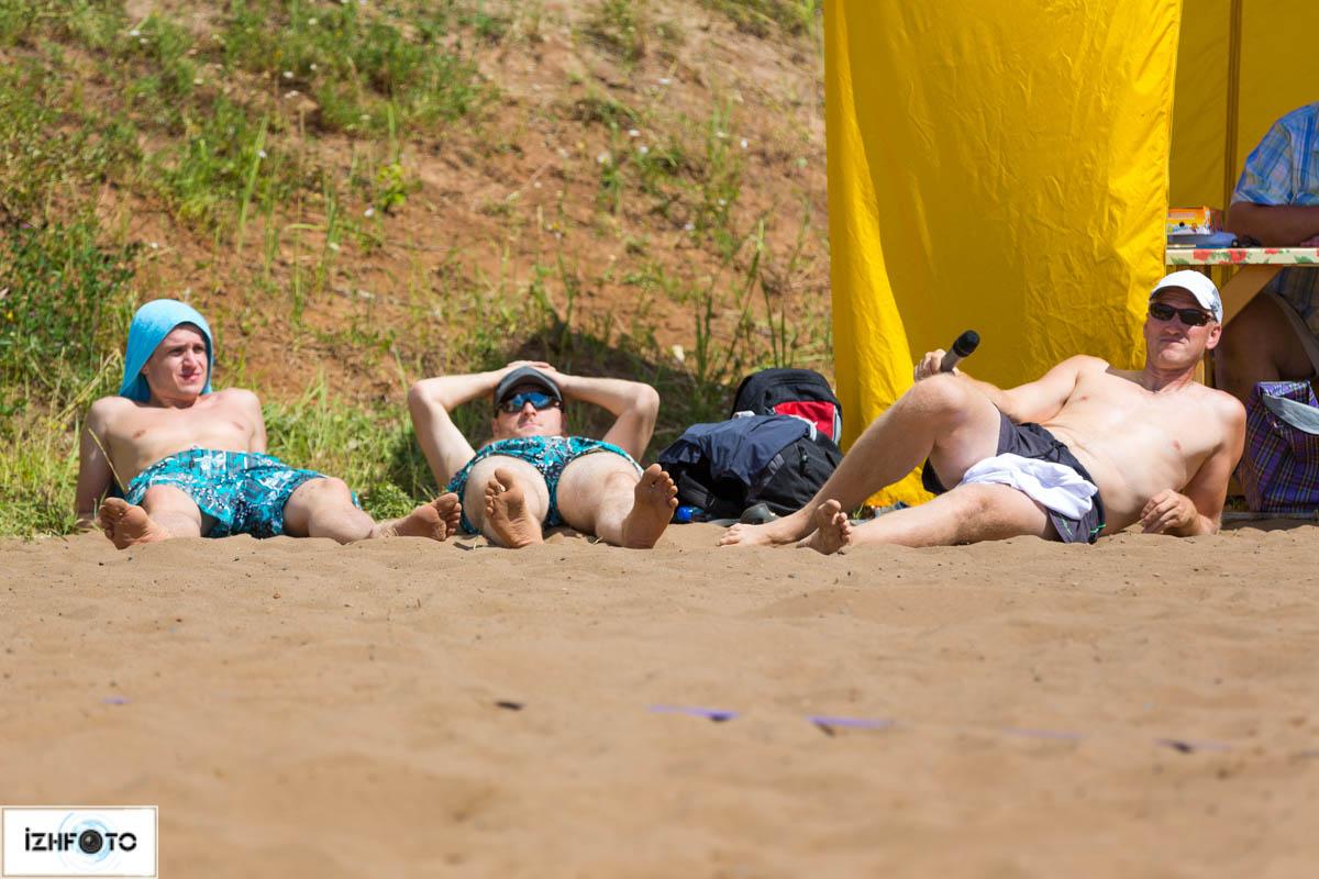 Волейбол на пляже Фото