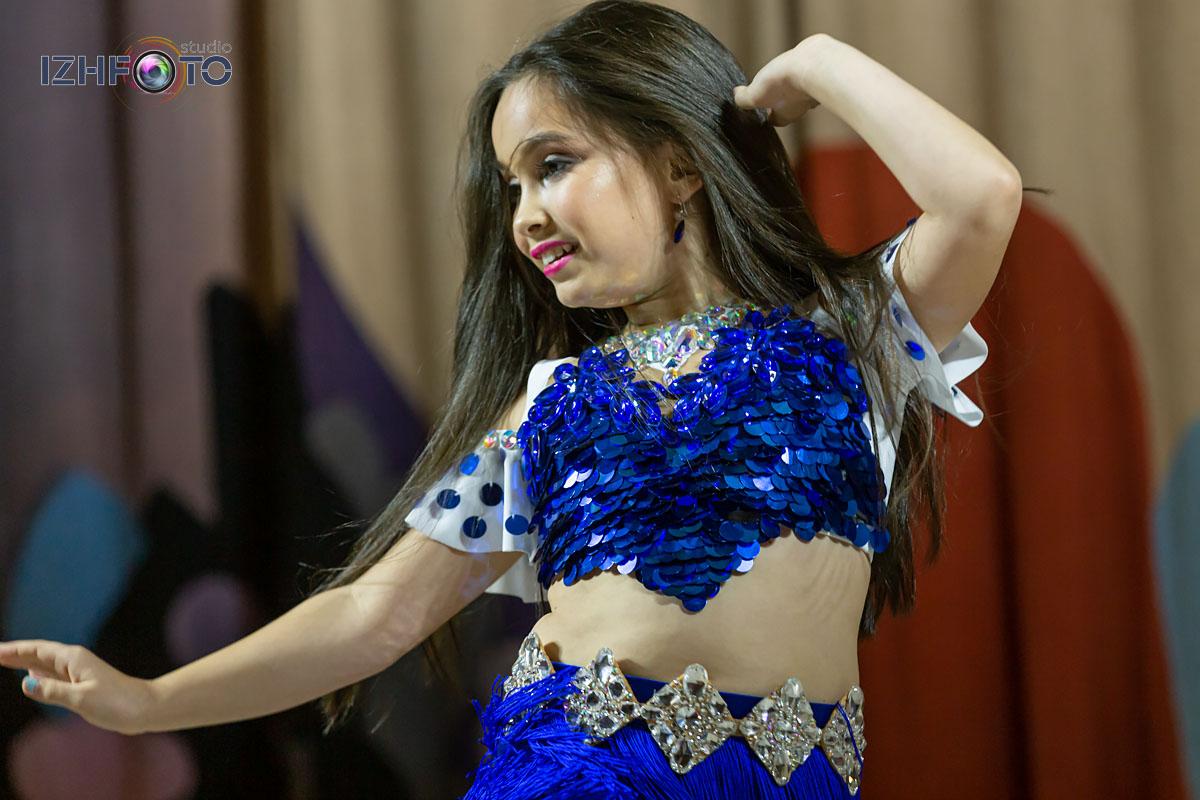 Участницы конкурса восточного танца в Ижевске