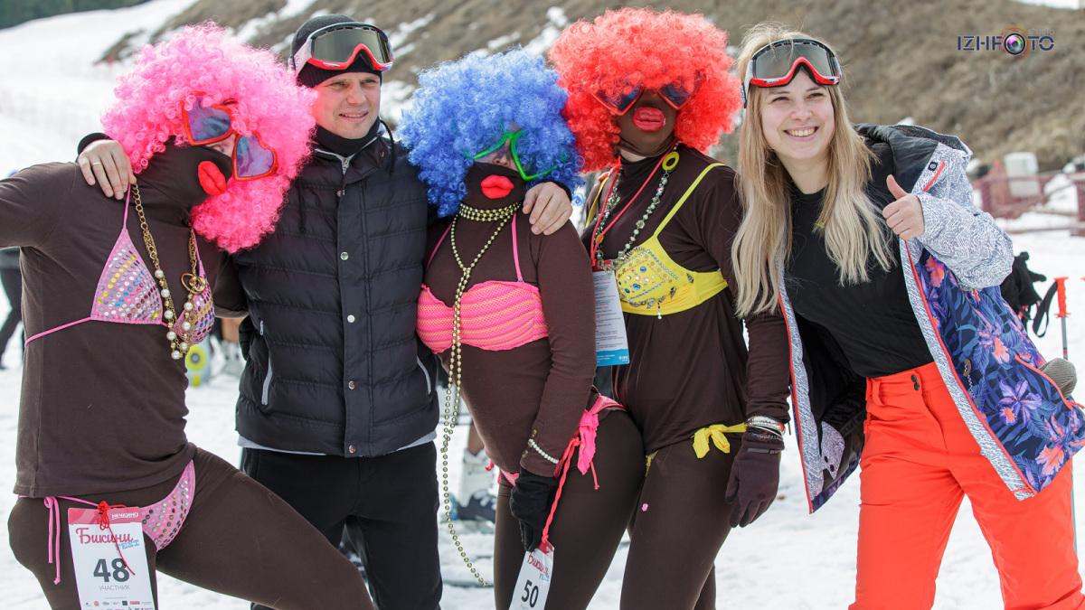 Праздник на горнолыжном курорте Нечкино Фото