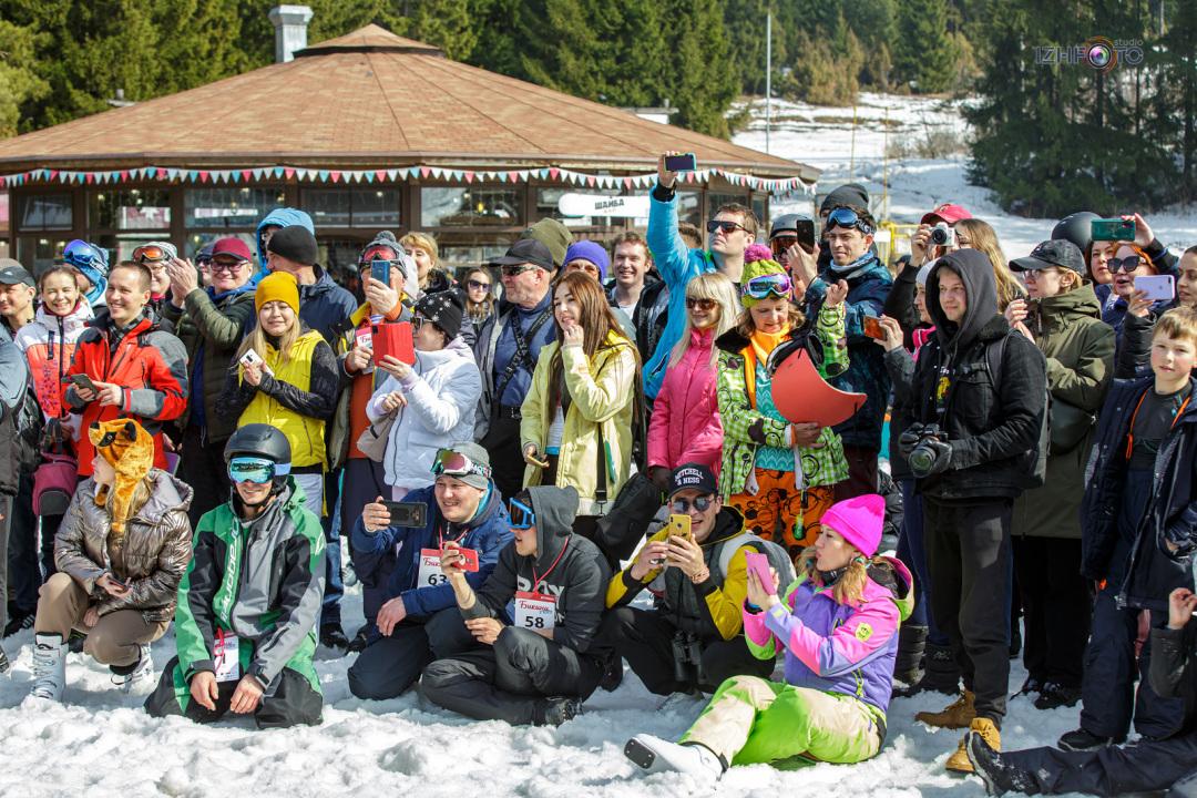 Катание на сноуборде в Нечкино