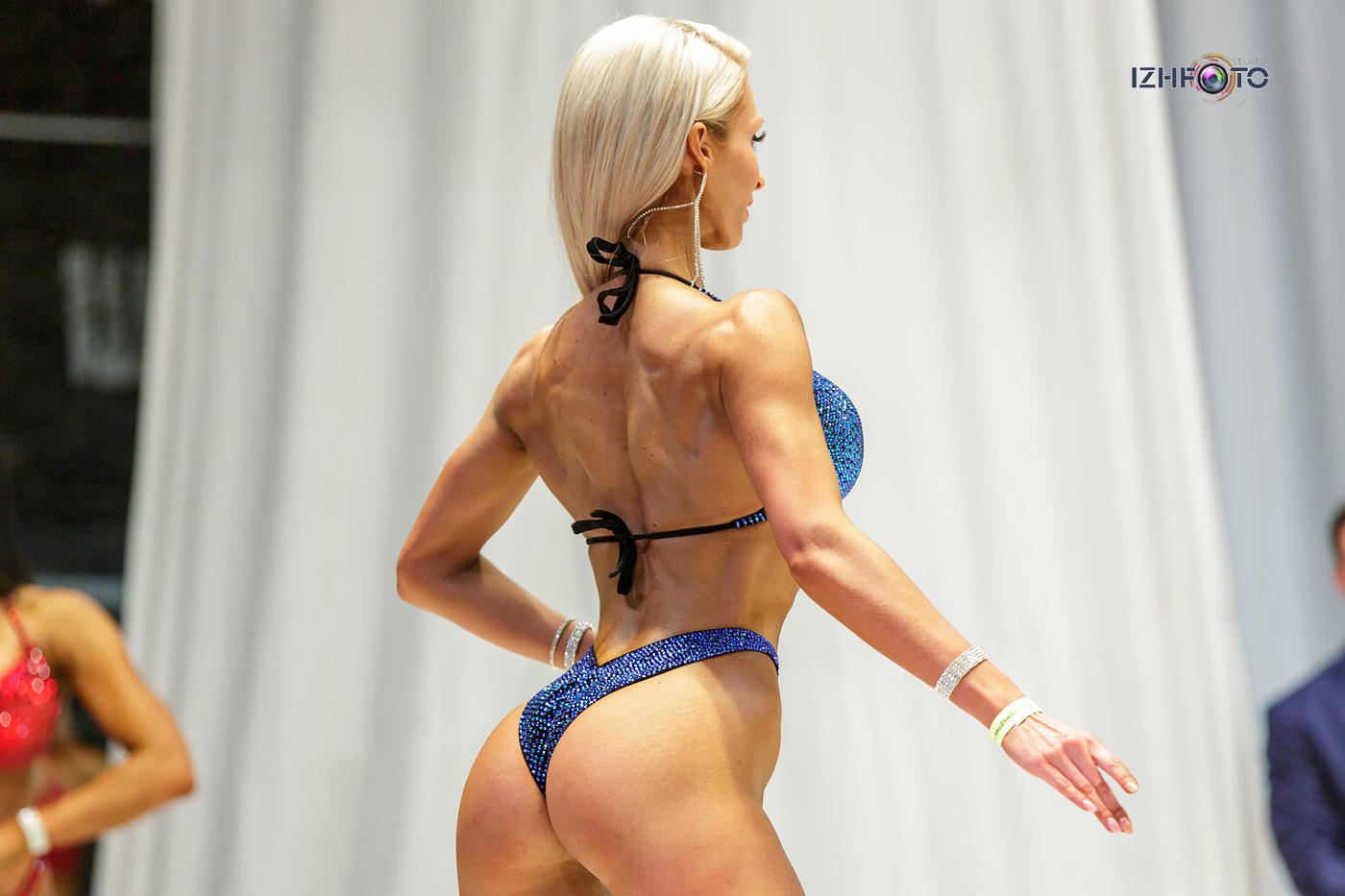 Fitness Bikini Photo