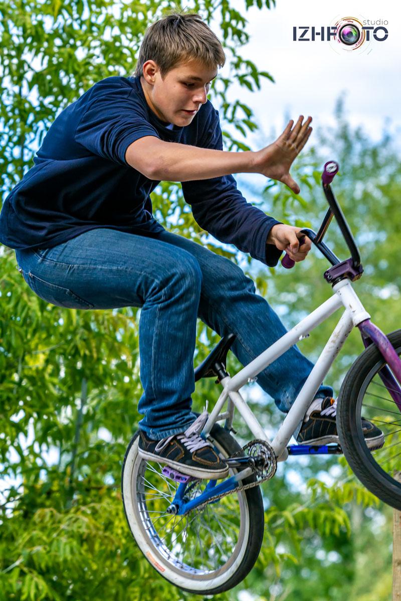 Трюковый велосипед Фото